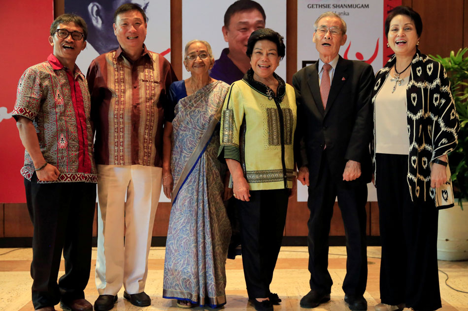 Winners of the 2017 Ramon Magsaysay Award pose for a picture after a briefing inside the Ramon Magsaysay headquarters in metro Manila, Philippines August 29, 2017. (L-R) Abdon Nababan of Indonesia, Tony Tay of Singapore, Gethsie Shanmugam of Sri Lanka, Lilia De Lima of Philippines, Yoshiaki Ishizawa of Japan and Cecilia Garrucho, representing the winner Philippine Education Theater Association (PETA). REUTERS/Romeo Ranoco